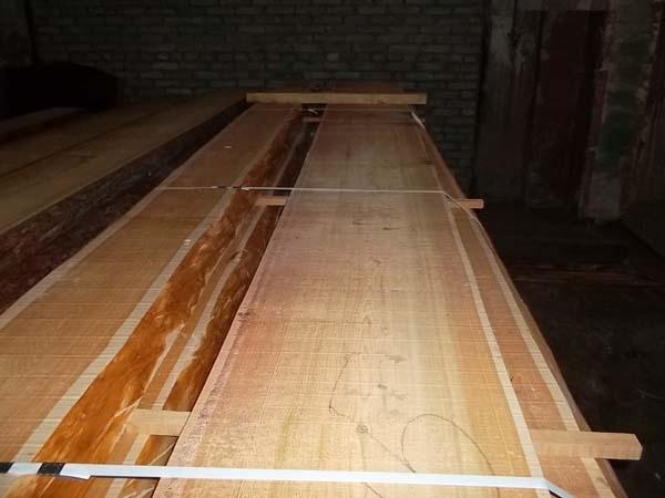Sibirische lärche schnittholz