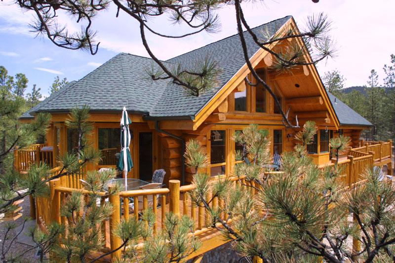 Produciamo e vendiamo case di tronchi di abete rosso for Case di legno vendita