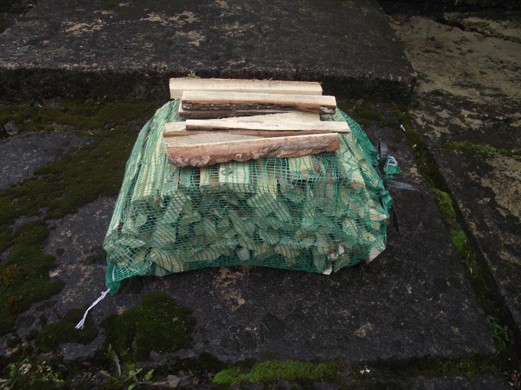 Bois de chauffage de frêne et de bouleau