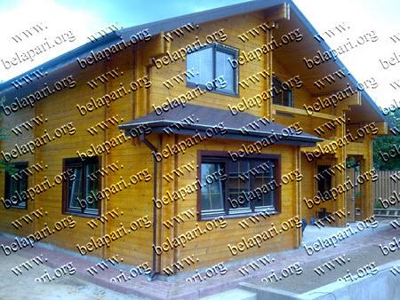 Maisons préfabriquées en bois.
