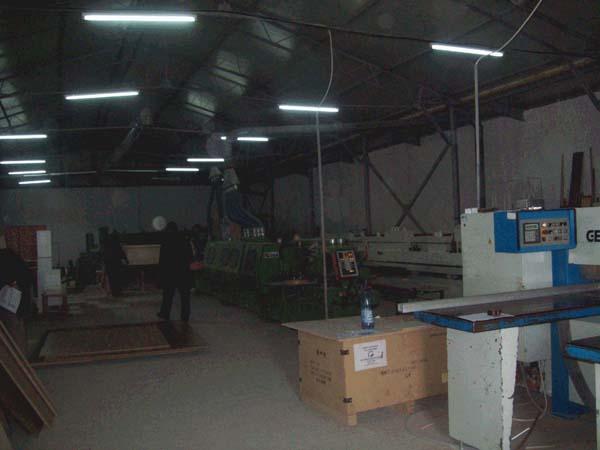 Je vends usine de meubles et de maisons en bois au meilleur prix offert