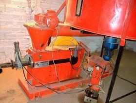Pressa mecanica per la produzione di bricchetti 150kg/h