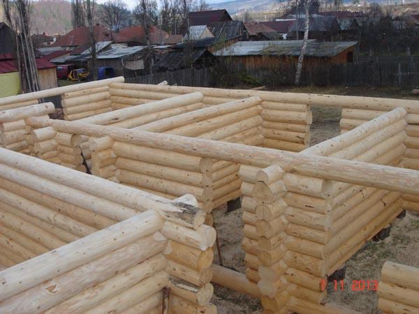 Case Di Tronchi Di Legno : Case costruite case ville legno massiccio tronchi di conifere