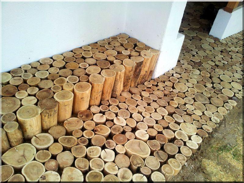 Offriamo pali lunghi in legno di acacia e pali in legno di ...