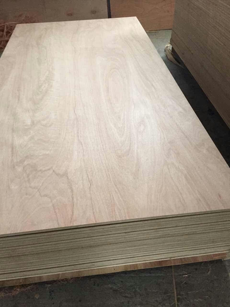 Legno compensato di cedro per la produzione di mobili for Produzione di mobili