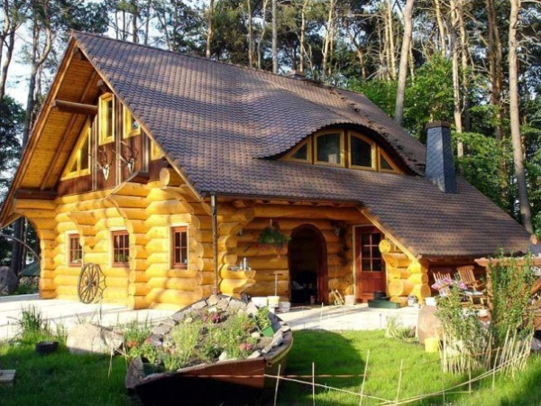 Wood houses have become more than just an actual trend in Eastern Europe